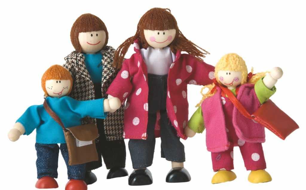 Dřevěné hračky Woody - Panenky do domečku - rodinka, 4ks