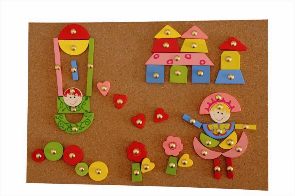 Dřevěné hry Woody - Deska s přibíjecími tvary - Růžová