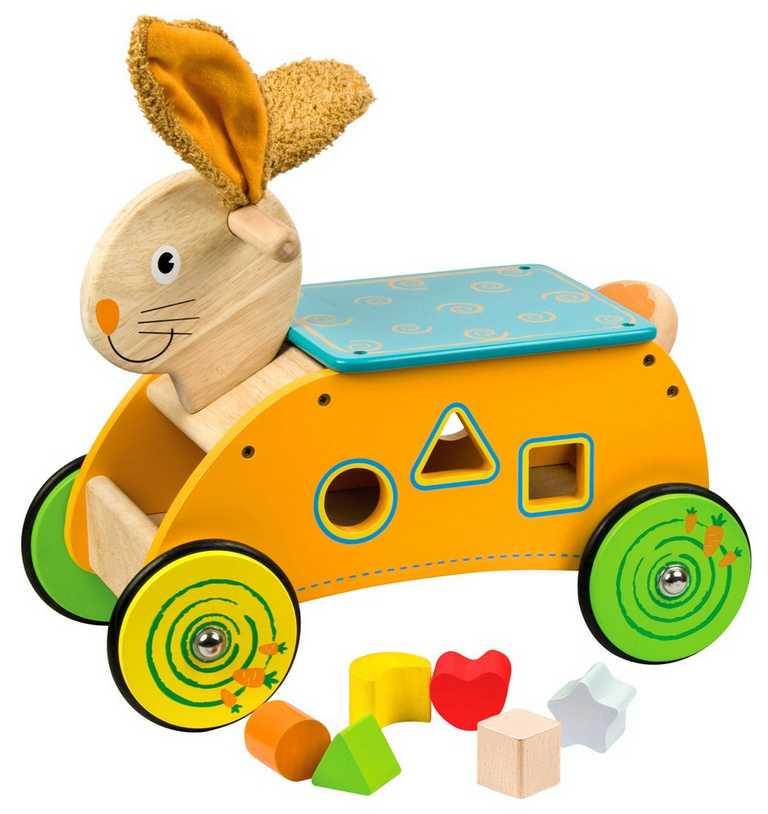 Dřevěný motorický vozík Zajíc