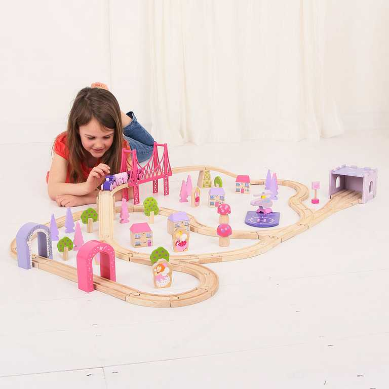 Bigjigs dřevěná vláčkodráha pro holky - princezny