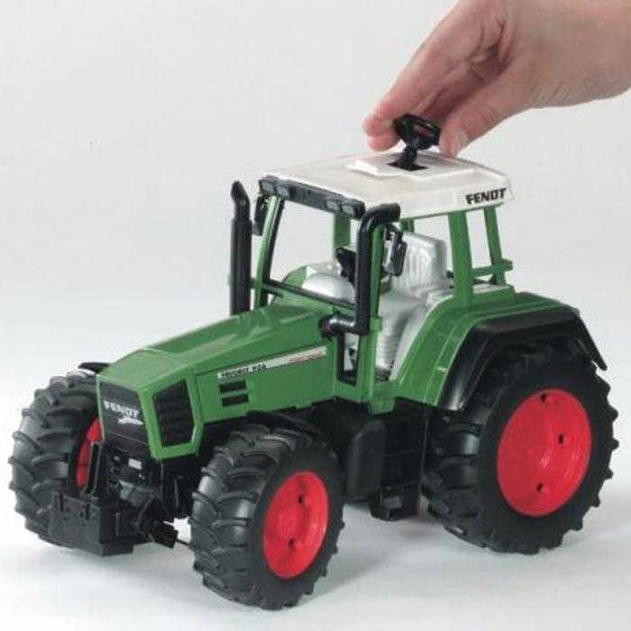 Bruder - Traktor FENDT Vario 926