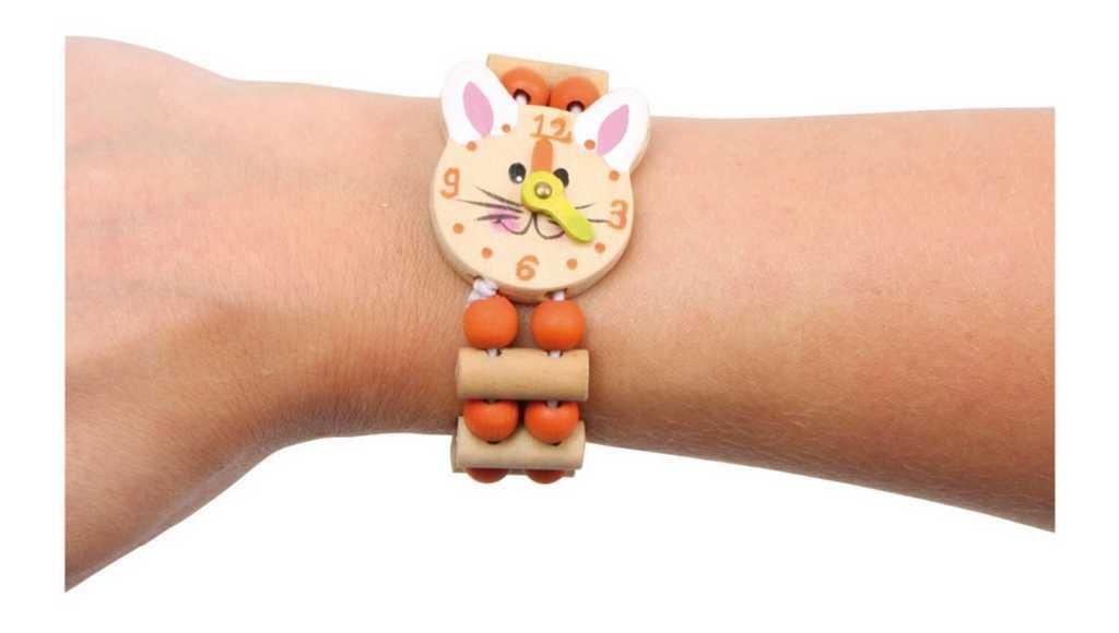 Small Foot Drevený farebný náramok hodinky 1ks